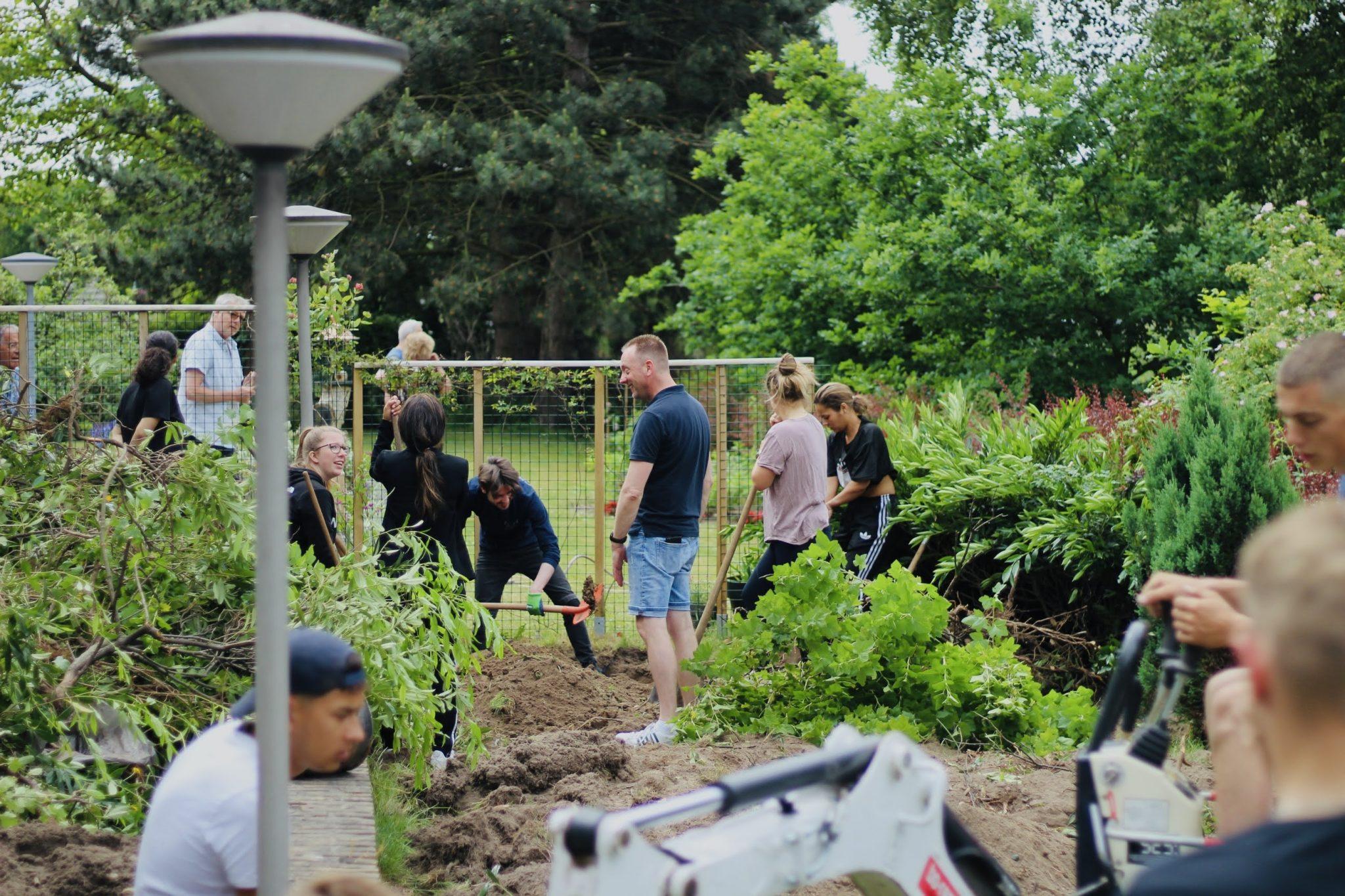 Tuincommissie de Zwaluwenstraat is officieel een feit! 🌱🌳